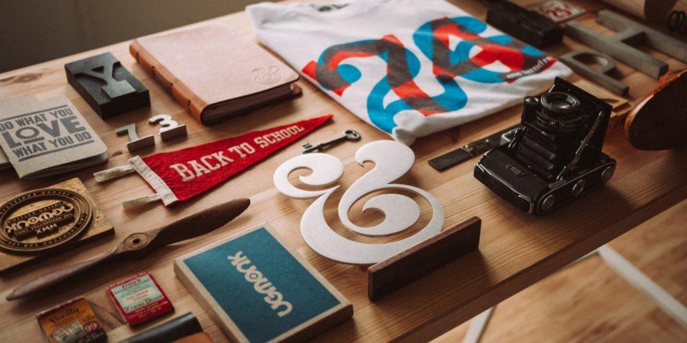 designer-typography-table-shop